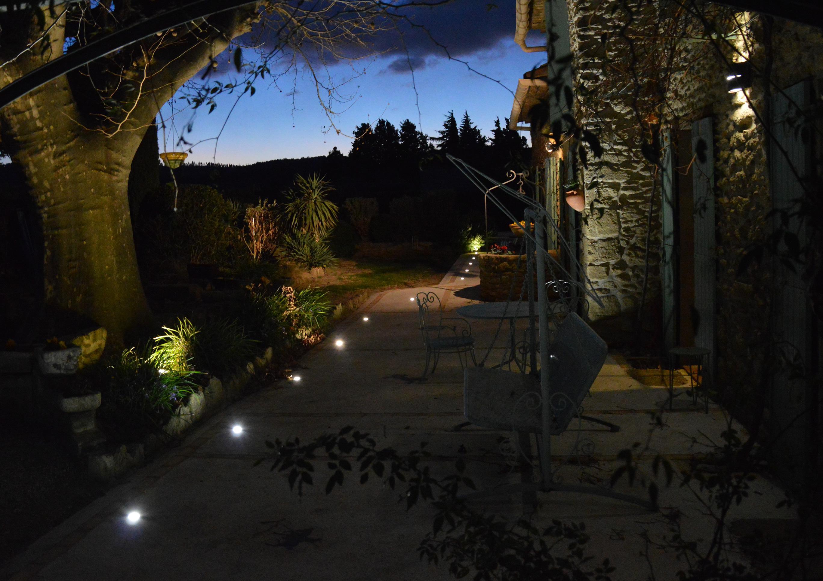 Installation électrique éclairage intérieur et extérieur